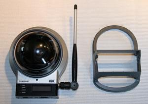 Kamera mit WLAN Antenne und Standfuß